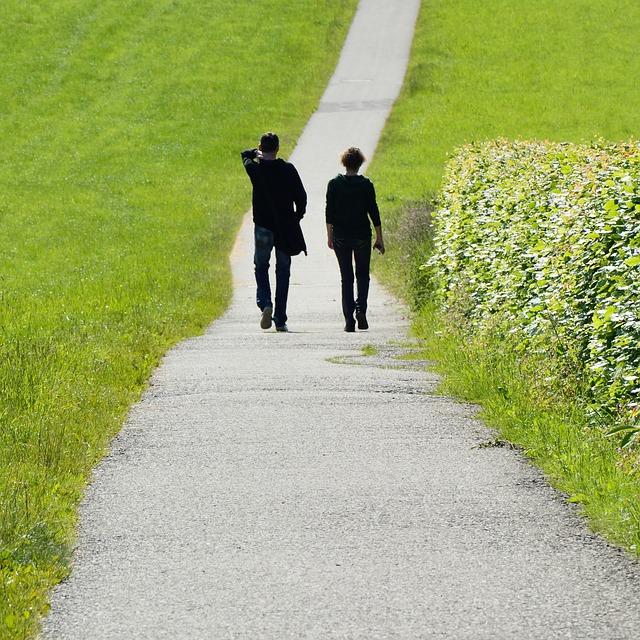 長い道のりを歩く