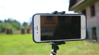 必須!画面を押さずに撮影できるiPhoneカメラの便利技