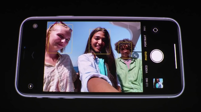 iPhone11は自撮りでもスロー撮影が可能に